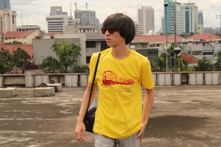 "Album Vakansi T-Shirt ""Yellow Train"""
